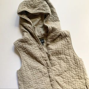 Eileen Fisher• cream quilted hooded vest